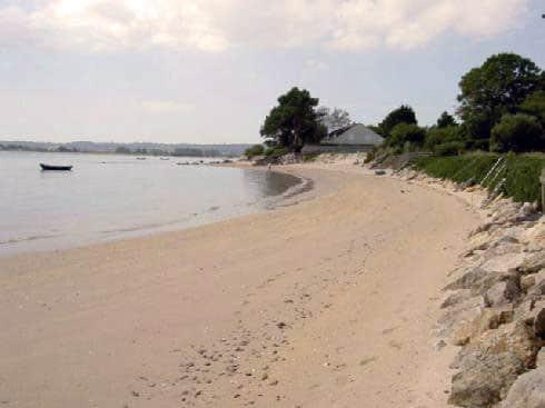 une des plus belles plages de sable fin du département de la Manche